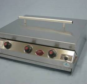 F10036 – CHEF BI 3 B gas braai slimline with lid